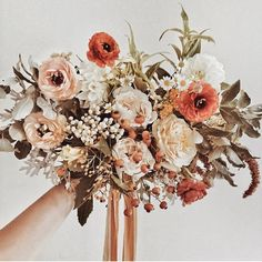 2019 Amazing Sunset Orange Wedding Color Ideas – EmmaLovesWeddings fall wedding bouquet ideas with sunset orange color Fall Bouquets, Fall Wedding Bouquets, Fall Wedding Flowers, Wedding Flower Arrangements, Fall Flowers, Floral Wedding, Floral Arrangements, Beautiful Flowers, Bridal Bouquets