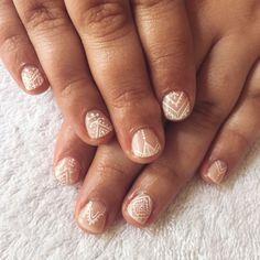 white henna nails