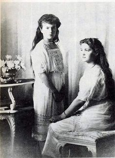 Anastasia and Marie -Formal 1914