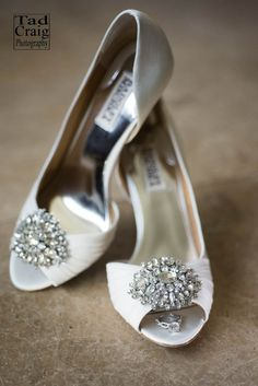 Perfect wedding shoes, Badgley Mischka, with engagement ring on Maui, Hawai'i. Silver Wedding Shoes, Wedding Rings, Wedding Stuff, Wedding Ideas, Belle Wedding Dresses, Badgley Mischka Shoes Wedding, Lace Heels, Shoe Gallery, Bride Shoes
