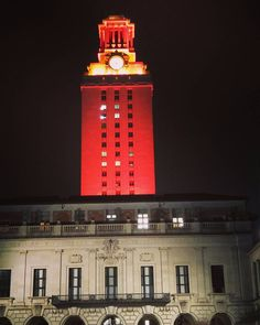 #utaustin #austin #atx #tower #uttower #wednesday #night #orange #longhorns by _el.emerson_