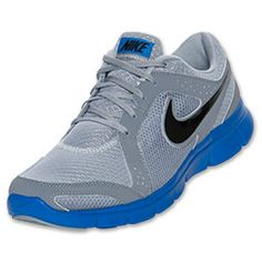 Run light and run free in the Men's Nike Flex Experience Running Shoes.  Built for neutral runners to underpronators, these lightweight sneaks have breathable mesh upper with synthetic overlays so you can avoid sweaty toes.  Plush, responsive cushionin