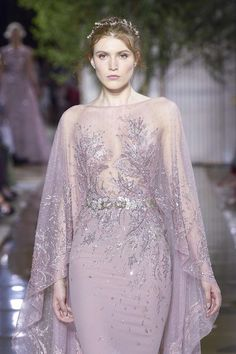 Zuhair Murad Fall-Winter Haute Couture - Fashion Week, Page 39 ( United Kingdom Glamorous Dresses, Stunning Dresses, Pretty Dresses, Style Couture, Haute Couture Fashion, Zuhair Murad, Winter 2017, Fall Winter, Robes Glamour
