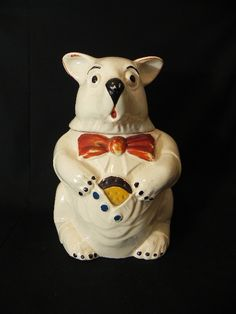 Vintage Mc Coy Bear Cookie Jar - I love his face and the way he's hiding a cookie.