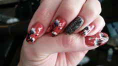 Spring flower nail art.