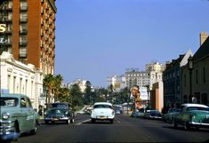 vintage everyday: Beautiful Color Photographs of Streets of Los Angeles in the 1950s and 1960s