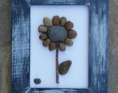 Pebble Art / Rock Art Couple in a natural setting von CrawfordBunch