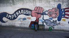 Mural in Caracas, Venezuela, denouncing U.S. imperialism | Foto: Reuters