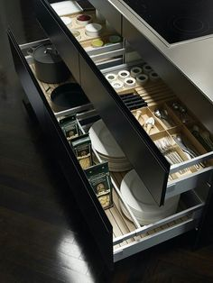 Check out the Luxury kitchens collections by German Kitchen furniture Manufacturer - SieMatic >> Hidden kitchen design by Minosa Design >. Luxury Kitchen Design, Luxury Kitchens, Interior Design Kitchen, Home Kitchens, Modern Kitchens, Home Decor Kitchen, Diy Kitchen, Kitchen Furniture, Kitchen Storage