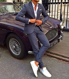 #looks Wearing Grey suit from Marc Jacobs Pocket square from Suitsupply White shirt from COS Sneakers by Common Project Mood of the day: Sneakers x Suit