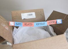 How to make a surprise gift box banner! #DIY #giftwrap | crab+fish
