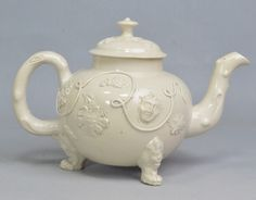 Image from http://www.artfixdaily.com/images/pr/Martyn_Edgell_Saltglaze_teapot.jpg.