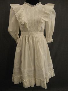 1900s white eyelet cotton lace girl's dress