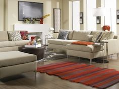 Home staging tips for de-cluttering a living area.