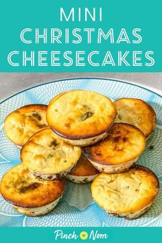 2 Easy Homemade Caramel Popcorn Recipes These Mini Christmas Cheesecakes Make The A Great Alternative Festive Dessert. Slimming World Puddings, Slimming World Desserts, Slimming Recipes, Slimming Eats, Christmas Cheesecake, Popcorn Recipes, Baked Pumpkin, World Recipes, Clean Eating Recipes