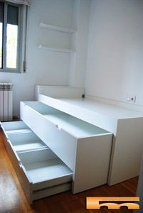 bed_compacta_a_medida_cabezal_baul_SantCugat_Christinacama_compacta_a_medida_ca … - Diy Möbel Bedroom Bed Design, Girl Bedroom Designs, Home Room Design, Kids Room Design, Small Room Bedroom, Kids Bedroom, Kids Room Furniture, Space Saving Furniture, Home Decor Furniture