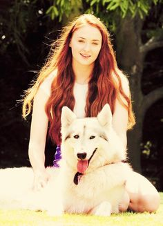 Sophie Turner and Lady <3