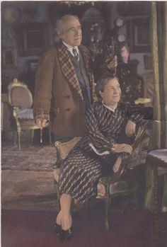 Eliseo Meifrén Roig, y su segunda esposa, Julia Marina Lamana, en su vivienda de la calle Balmes, 63 de Barcelona.