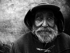 Check out this amazing black and white portrait men Portrait Photography Men, People Photography, Image Photography, Landscape Photography, Photography Ideas, Black And White Portraits, Black And White Photography, Old Fisherman, Old Faces