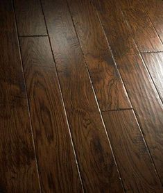 Hickory Wood Flooring Woodflooringhickory Hardwood Floors Flooring Engineered Hardwood Flooring