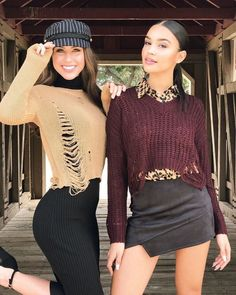 What are you wearing to Thanksgiving dinner 🍁🍁 @britmanuela @juliettenadinee #WindsorGirls Link to 'fits in bio.