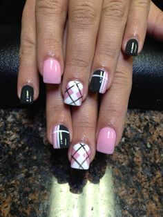 35 Gingham und Plaid Nail Art Designs Baby pink, white and black nail polish combination. Arranged to form a plaid nail art design, the nails are also painted with matte white and baby pink colors. Nail Polish Designs, Cute Nail Designs, Plaid Nail Designs, Pedicure Designs, Nails Design, Spring Nail Art, Spring Nails, Summer Nails, Fancy Nails