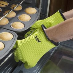 AYL Silicone Cooking Gloves - Heat Resistant Oven Mitt for Grilling, BBQ, Kitchen - Safe Handling of Pots and Pans - Cooking & Baking Non-Slip Potholders - Internal Protective Cotton Layer Heat Resistant Gloves, Amazon Purchases, Oven Glove, Inventions, Weird, Things To Sell, People, Bbq Kitchen