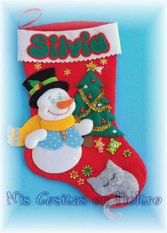 Mis Cositas en Fieltro. Bota calecetín de Navidad. Papa Noel. Santaclaus. Santa. Fieltro. Muñeco de nieve
