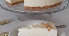 Hei!   Vanhemman tyttäreni yksiä lempikarkkeja ovat Omar-karkit. Hänen tulevia syntymäpäiviä ajatellen (en vakavissani niitä suunnittele, k... Vanilla Cake, Cheesecake, Desserts, Food, Tailgate Desserts, Deserts, Cheesecakes, Essen, Postres