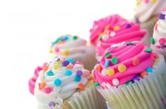 Find party food recipes that are easy, quick and cheap. Search for kids party food recipe favourites including birthday party food, easy entertaining party food and healthy party food recipes. Parents Room, Room Mom, Healthy Desserts, Dessert Recipes, Student Birthdays, Classroom Birthday, Cupcake Gift, Cupcake Ideas, Easy Party Food