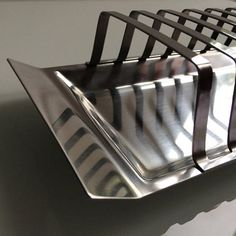 Stainless steel toast rack / 6 slices / Satinsteel London Toast Rack, Uk Shop, Tray, Stainless Steel, London, Breakfast, Morning Coffee, Trays, Board