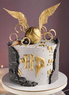 Harry Potter Desserts, Bolo Harry Potter, Gateau Harry Potter, Harry Potter Nails, Harry Potter Birthday Cake, Harry Potter Food, Harry Potter Wedding, Harry Potter Theme, Harry Potter Movies