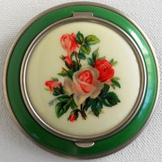 Vintage Powder Compact, Green Enamel with Pink Rose Bouquet Design.