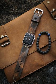 Handmade Vintage Leather Strap distressed leather incl. Lugs Adapter for Apple Watch (or Apple Watch Sport/Space Gray) 42mm or 38mm