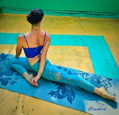 Gotta try this next time I'm doing pigeon. #Bind #yoga