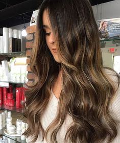 Gorgeous Hair Color Trends for Fall-Winter 2018 Balayage