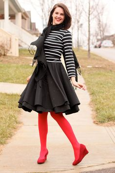 Love the pop of color in the tights/shoes