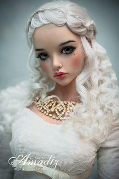 Amadiz Studio Daenerys wig on Iplehouse SID Mari
