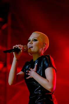 I'm having a  Buzz Cut moment. Jessie J, Lupita Nyongo...everything wants me to make a TERRIBLE decision