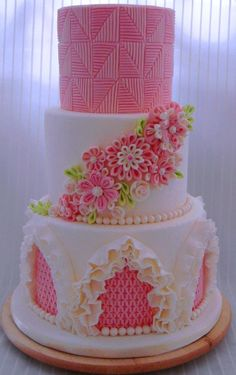 Embossing, quilling and ruffles - a fantastic textured cake!