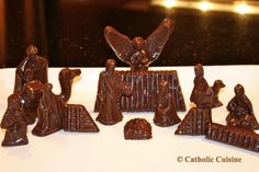 Make A Chocolate Nativity Scene to top a Christmas (or Epiphany) cake