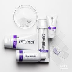 Ready to say goodbye to clogged pores and excess oil while preventing future breakouts? You can #RFBreakTheCycle of adult acne start to finish with #UNBLEMISHRegimen.