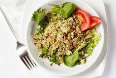 Zdrava hrana: obrok-salata od integralnog pirinča sa povrćem i kuvanim jajima (RECEPT)