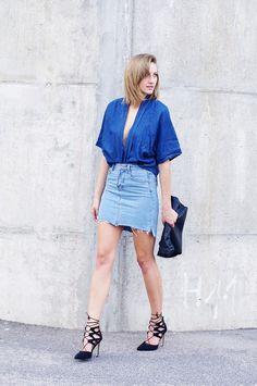 Double denim outfit, kimono, jeans mini skirt, lace up heels