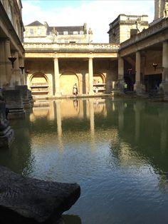 Bath Spa: Romania baths with Roman Man. England. UK
