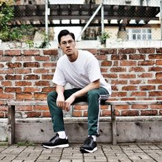 @akilee7 in our BAILEY JOGGER SNEAKER. #KCKicks #KennethCole Sneakers For Sale, New Sneakers, High Tops, Joggers, Latest Fashion, Normcore, Hipster, Slip On, Athletic