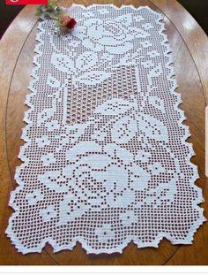 Diy Crafts - Crochet and arts: Filet crochet wipes Crochet Placemats, Crochet Doily Patterns, Thread Crochet, Crochet Doilies, Crochet Flowers, Diy Crafts New, Diy Crafts Crochet, Crochet Table Topper, Crochet Table Runner