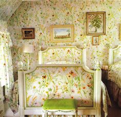 The Peak of Chic®: Nancy Lancaster - The Doyenne of Timeless Design, guest room in coach house