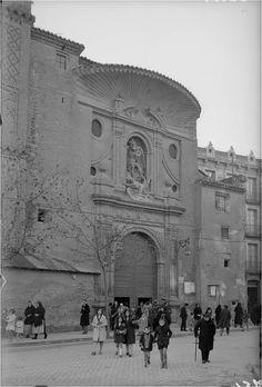 Fotos antiguas de Zaragoza-Archivo Loty-Ministerio de Educación, Cultura y Deporte- Mount Rushmore, Louvre, Mountains, City, Building, Nature, Travel, Cities, Zaragoza