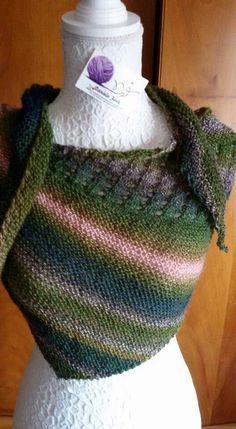 Scialle in pura lana vergine lavorazione ai ferri